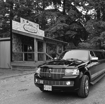 Dining out limo Vancouver car service Elite Limo