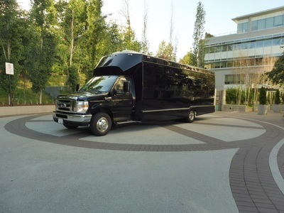 Elite Limo party bus rental Surrey BC
