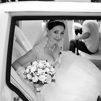 Surrey BC wedding limo wedding party bus Elite Limo