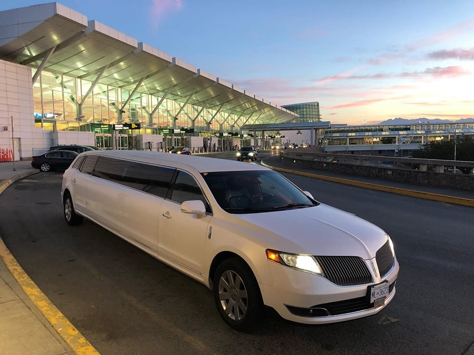 Vancouver YVR airport limo service